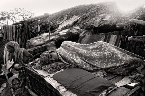 Photo by Munem Wasif for 2010 Pictures of the Year International exhibit