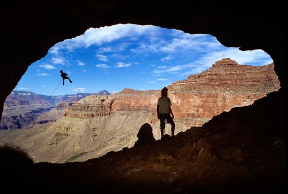 Stephen Alvarez: Earth from Below photo